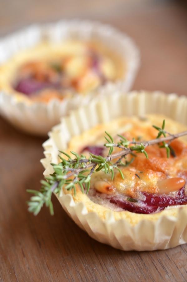 Rezept für Fingerfood: Mini-Quiches mit Roten Zwiebeln und Ziegenkäse