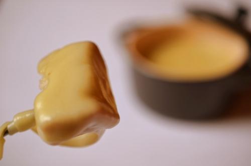 Käsefondue mit Brot als Beilage