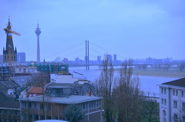 Düsseldorfer Kunstakademie - Ausblick auf die Stadt