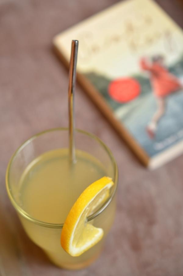 Hot Toddy - ein heißer Winter-Cocktail mit Zitrone und Whiskey