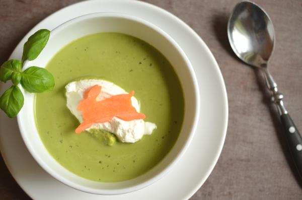 Rezept für das Ostermenü: Basilikumschaum-Süppchen (Vorspeise) 4