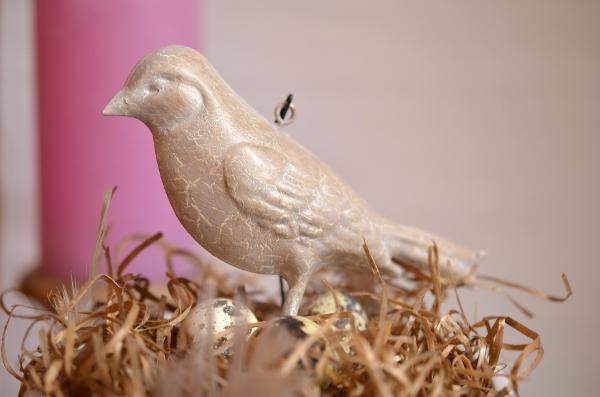DIY: Schnelle Frühlingsdeko mit Vogelnest 2