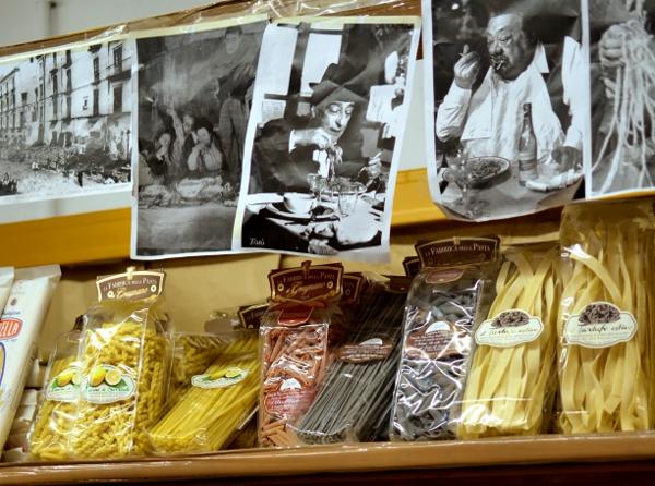 pasta im italienischen Supermarkt Centro