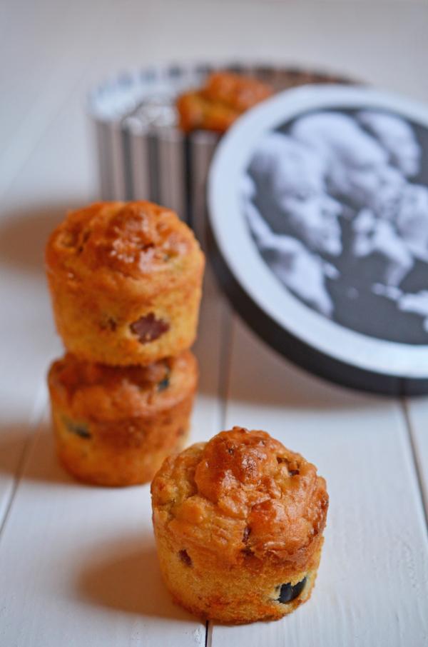 Pizzamuffins aus dem Post-aus-meine-Küche-Paket für den perfekten Filmabend mit den Mädels