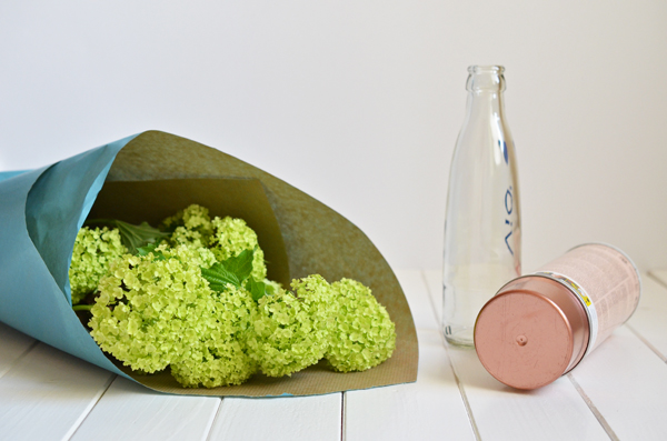 DIX / Upcycling: Selbstgemachte Kupfervase aus Wasserflasche
