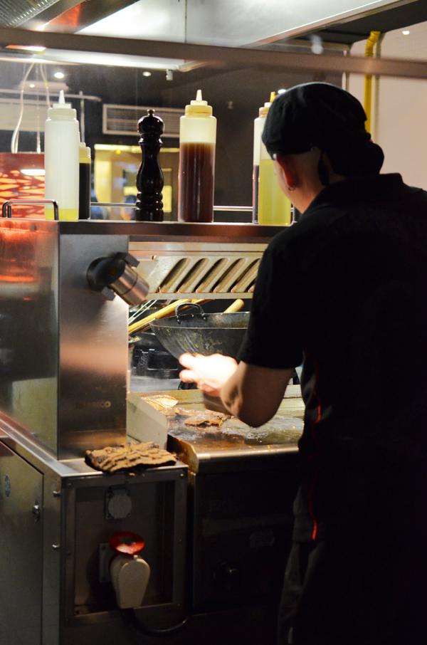 Die Tokyo Lounge in Düsseldorf mit Teppanyaki Grill