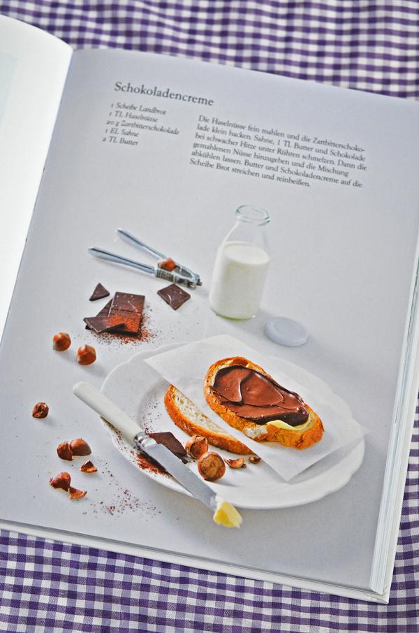 """Rezept für selbstgemachte Schokoladencreme aus """"100 Butterbrote"""" von Droste"""
