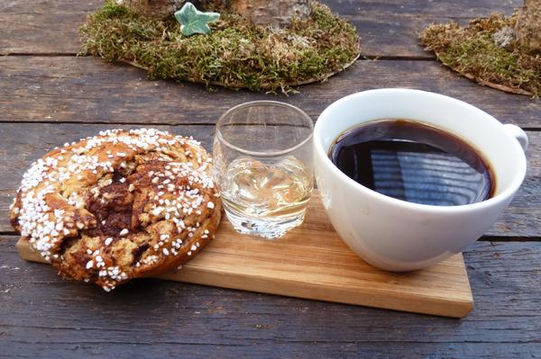 Fika Trio - Cinnamon Bun, Kaffee und Aquavit