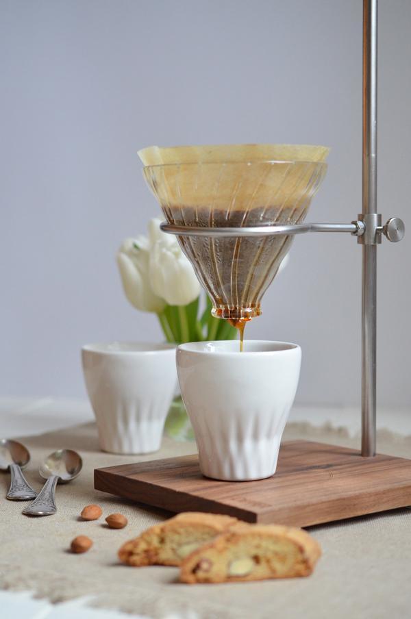 Ouver Coffeestation mit Mandel-Kardamom-Biscotti