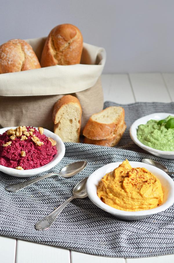 Herzhafter Brotaufstrich: Dreierlei Dips für die Party