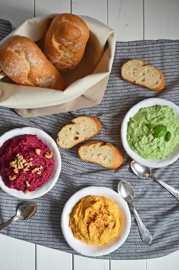 Kulinarische Lebensmittelampel: Dreierlei Dips für das Partybuffet