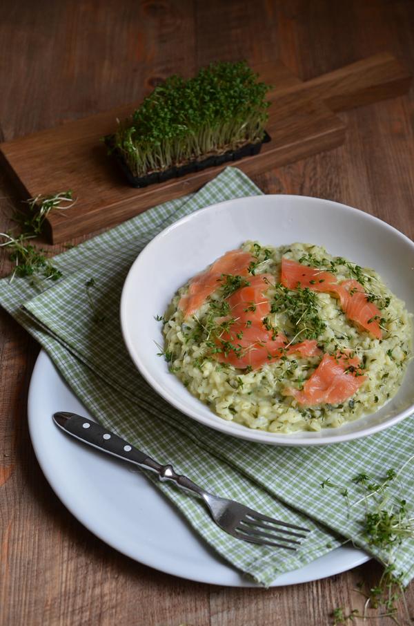 Kräuterrisotto mit Lach - eine leckere Vorspeise für den Frühling