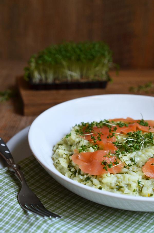 Kräuterrisotto mit Lachs: ein tolles Rezept für den Frühling