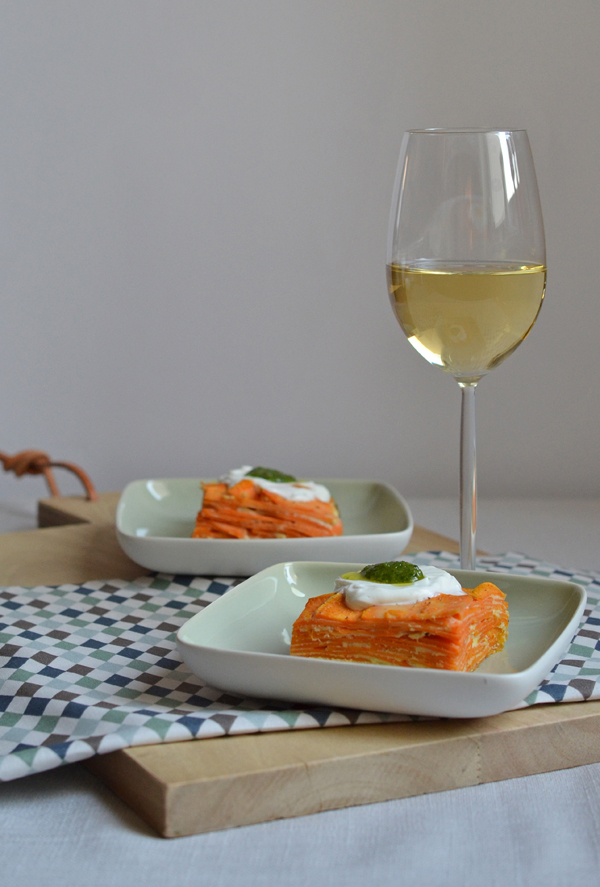 Süßkartoffel-Tortilla mit Ziegenkäse und Basilikum-Pesto
