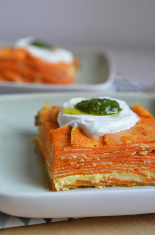 Für die Tapas-Party: Süßkartoffel-Tortilla mit Ziegenkäse und Pesto
