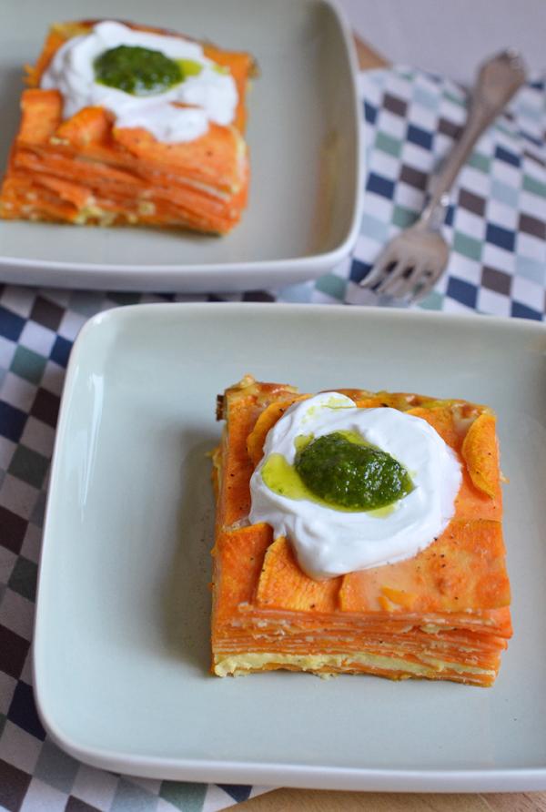 Süßkartoffel-Tortilla mit Ziegenkäse ind Basilikumpesto