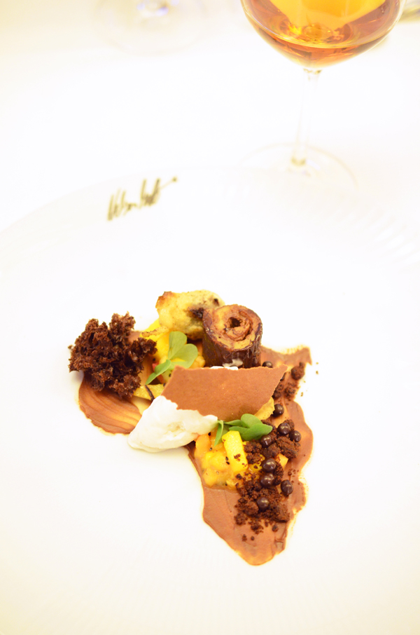 Variation von Grand Cru Virunga Schokolade mit Dessertwein
