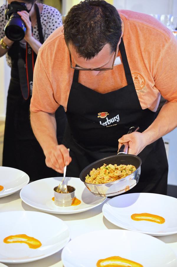 Kochkurs mit Nelson Müller: Die Vorspeise wird angerichtet